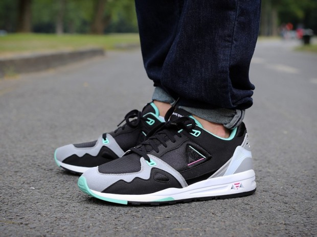 le-coq-sportif-r1000-day-night-black-black-ice-green-1421355