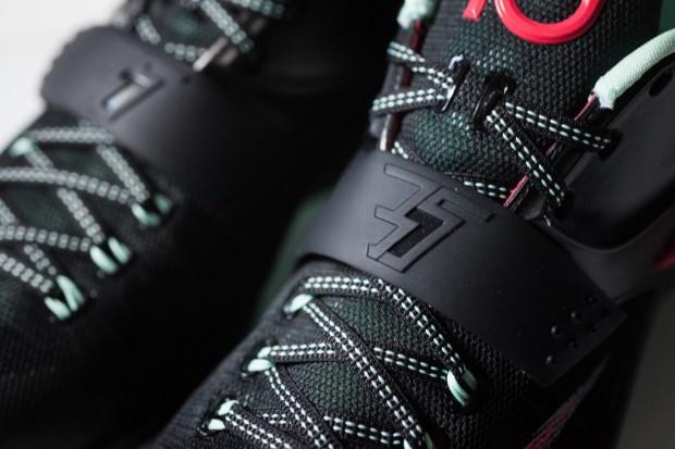 Nike_KD_VII_Good_Apples_Sneaker_Politics_1-4_1024x1024