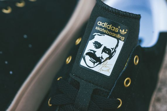 adidas-sb-stan-smith-vulc-black-gum_03