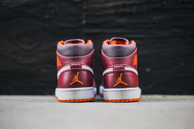 air-jordan-1-team-red-electric-orange-2