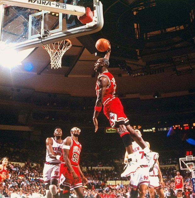 MJ on Bulls vs. Knicks — 1992 (pic basket-infos.com)
