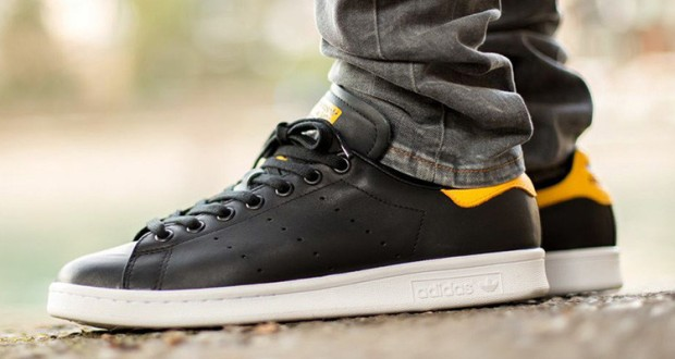 adidas-originals-stan-smith-black-yellow-750x400