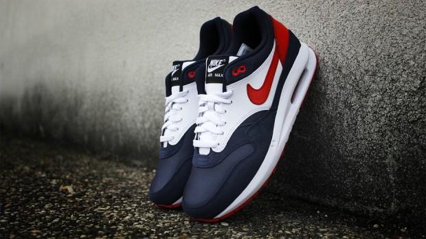Nike-Air-Max-1-Lunar-PSG-ID-03-930x522